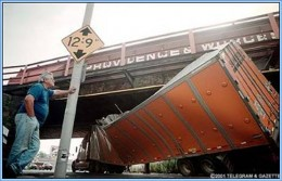 Low bridge warning for Commercial Vehicles and HGVs